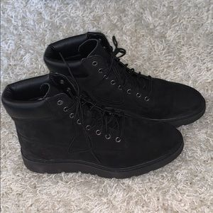 Timberland boots (only worn twice)